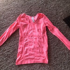 Fabletics long sleeve // size s